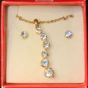 Avon Necklace and Earrings, NIB